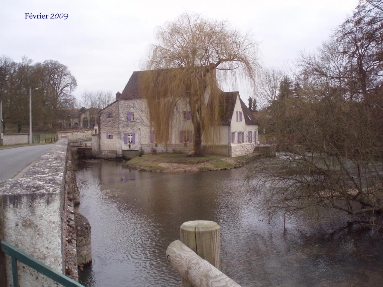 15a  le pont et le moulin 2009